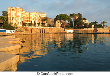 Juan Les Pins 25 - Private Harbour in Juan Les Pins - France...