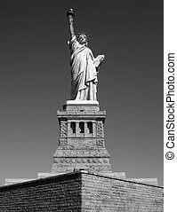 Staue Of Liberty - B&W : Statue of Liberty