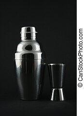 Drink shaker set - an image of a drink shaker set