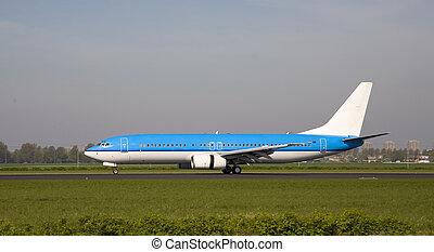 8, samolot