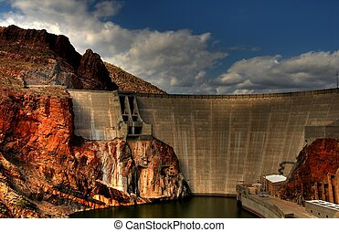 Roosevelt Dam - Morning sun on Roosevelt dam with storm...