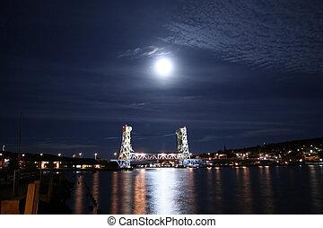 Vertical Lift Bridge - Houghton and Hancock bridge in moon...