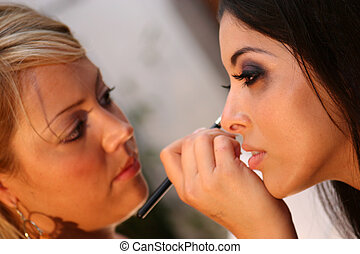 Pro Make-up Artist - Professional Make-up artist and model