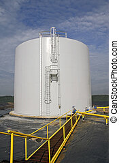 Bulk Storage Tank - Industrial Bulk Storage Tank for...