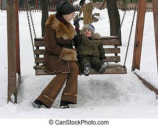 母親, 長凳, 兒子