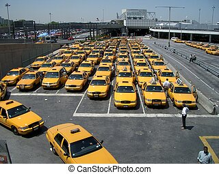 NYC yellow cab - Airport yellow cab station