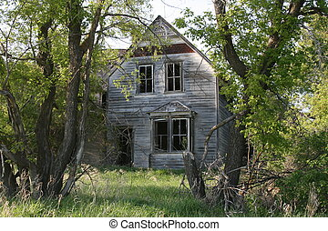 Abandoned house  - Abandoned farm house in the country.