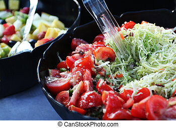 fruit and vegetable salads for picnic