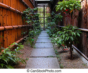 Gion path - Traditional and very narrow path in Gion-geisha...