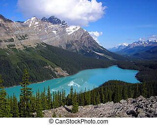 Peyto Lake and  Mount Patterson, Banff National Park, Canada