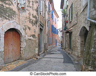 Provencal street with old house, Saint Maximin la Sainte...