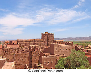 Red fortress in the desert - Taourirt Kasbah - Ouarzazate -...