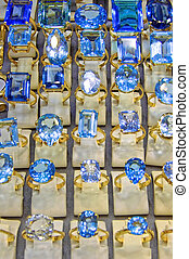 Diamonds blue - Big and blue shinny diamonds rings jewelers