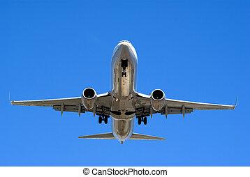 Airplane - Plane landing