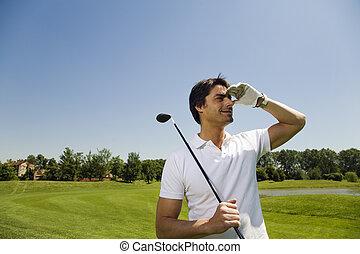 golf club - Golf club: golfer searching for the ball