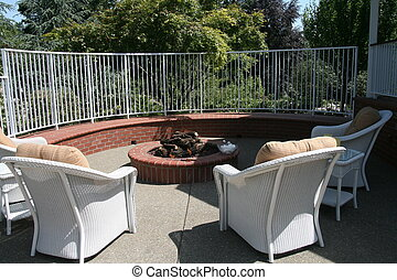 Fire Pit - Perfect for entertaining and roasting...