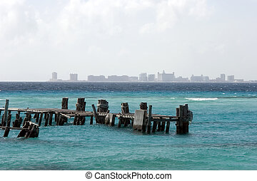 Isla Mujeres dock. - A jetty on the island of Isla Mujeres,...