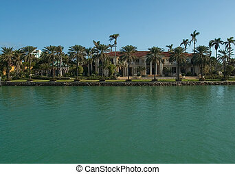 Mansion with Palms by the sea - Expensive water front houses...