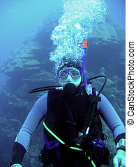 diver in deep and bubble