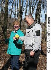 Senior Couple found ball!