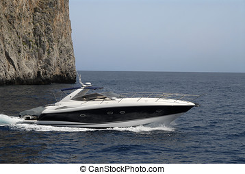 beautiful ocean powerboat - nice ocean going powerboat off...