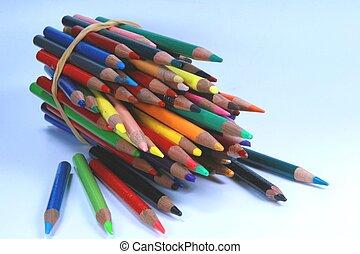 Color Pencils horizontal end view 02