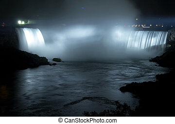 Niagara Falls - Horseshoe Falls (Canadian Falls) by night...