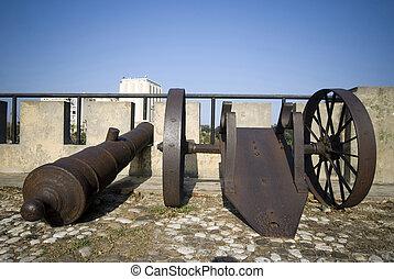 santo domingo dominican republic cannons on las damas -...