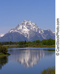 Mount Moran with Jackson\\\'s Lake in the foreground