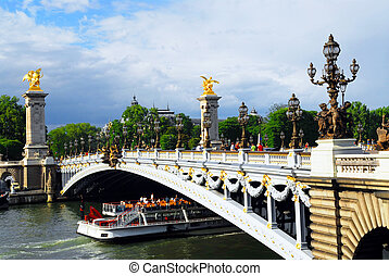 Pont Alexander III - Alexander the Third bridge and Seine...