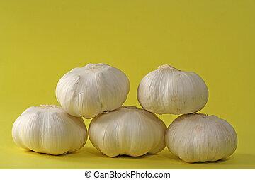 five garlic bulbs