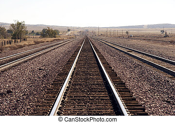 rails - endless rails in the desert - Utah, USA