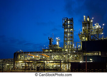 Refinery at night 10 - Refinery at night in Europoort,...