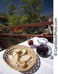 restaurant taormina italy - taormina italy restaurant table...