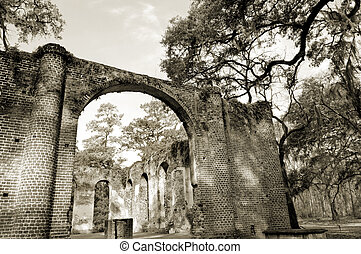 Church ruins from Civil War times in South Carolina forest