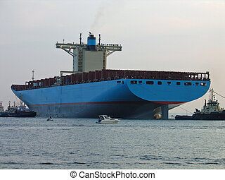 The world\\\'s biggest cont - Emma Maersk - The world\\\'s...