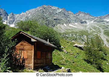 mountain refuge - Little mountain hut in italian alps; in...
