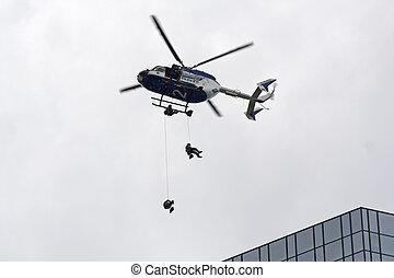 警察, 直升飛机