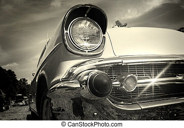 Vintage Car - Well maintained sparkling Vintage car in black...