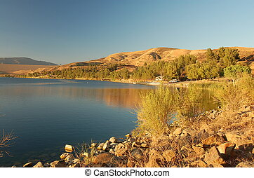 Castaic Lake in Los Angeles