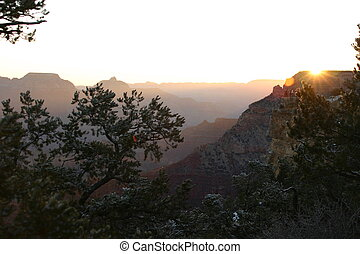Sunrise at Grand Canyon - The gorgeous sunrise at Grand...