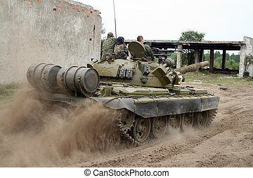 Tank - Russian tank in destroyed town