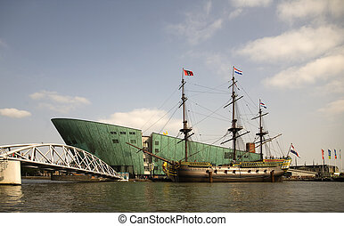 Dutch tall ship 3 - The dutch tall ship Amsterdam in the...