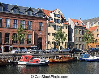 Copenhagen water front canals - Copenhagen - houses and...