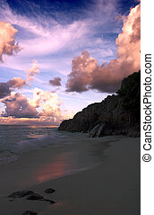 Seychelles sunset - An extraordinary sky as sunset falls...