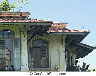 Old, grungy house