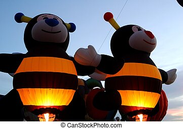 Twin Bees - Bee Balloons at 2005 Albuquerque Balloon Fiest