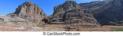 Rocky wild mountains, Isalo park, Madagascar, Panoramique -...