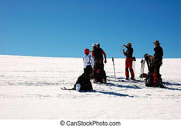 BACKCOUNTRY SKIERS - backcountry skiesr (ski touring), west...