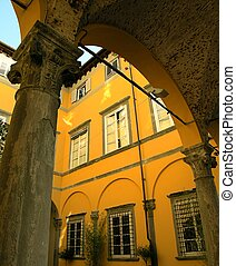 Archway Tuscany - A Roman archway, columns and architecture...